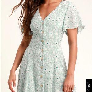 NWOT Lulu's Magnolia Button-Down Floral Dress